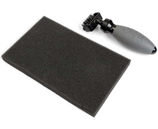 Accessory - Die Brush & Foam Pad For Wafer Thin Dies - Sizzix
